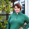 Mari Johnson jobbar som diakoniarbetare i Matteus församling. Hennes favoritplats i stan är biosalongerna eller bokhandlarna runt om i Helsingfors.