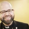 Karl af Hällström är kaplan i Agricola svenska församling.