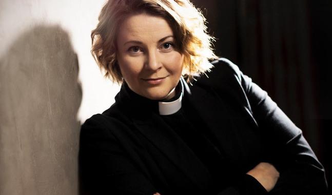 Mia Anderssén-Löf är kyrkoherde i Nykarleby församling.