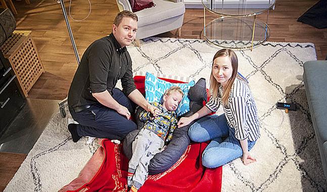 Familjen Holmgård: Nicklas, Oliver och Sandra.