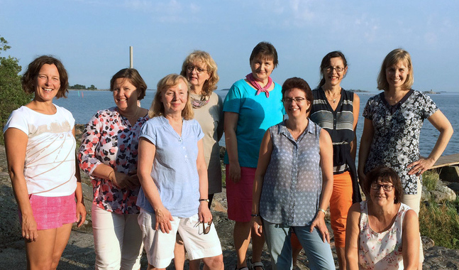 Gruppen Kvinnor mitt i livet under sin terminsstart på Lekholmen.
