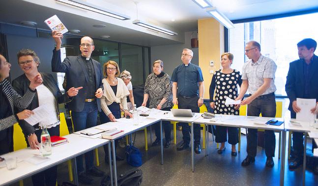 Mötesbild från gamla stiftsfullmäktige. Det nya stiftsfullmäktige får många nyvalda medlemmar.