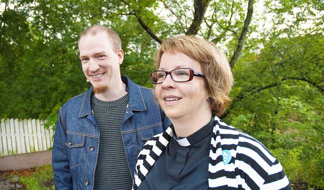 Patrik Hagman och Maria Wikstedt tror att vuxna beh�ver f� tr�ffa varann och prata om tro.