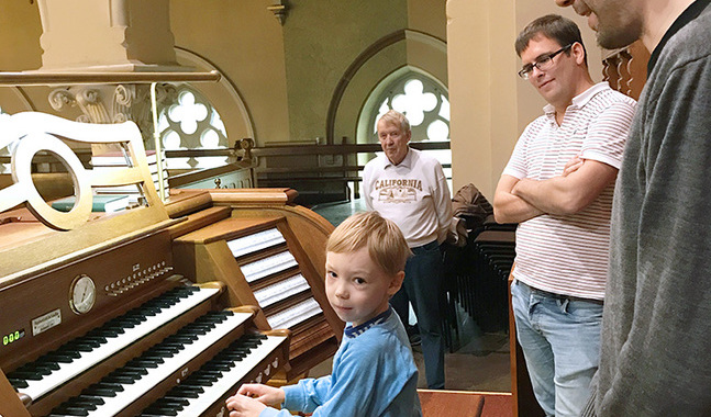 I Johannes församling vill man förmedla att orgeln är ett instrument för alla att glädja sig åt.