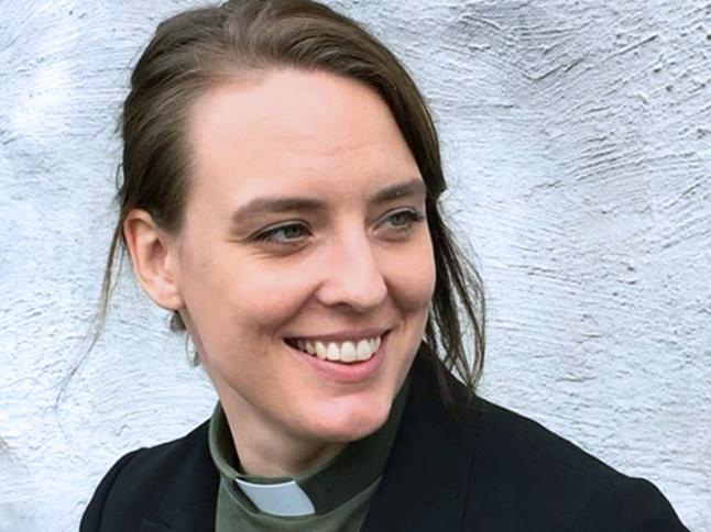 My Ström säger att hon skriver för att må bra. Till vardags är hon diakon i Matteus församling.