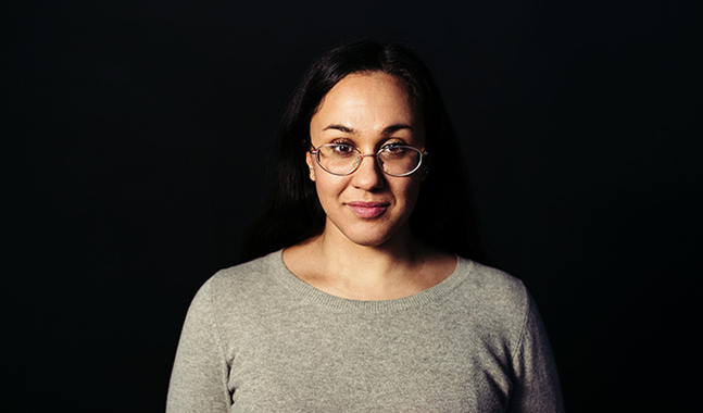 Koko Hubara är journalist och författare. Hon har grundat och driver bloggen Ruskeat Tytöt.