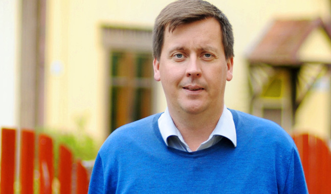 Andreas von Bergmann är församlingssekreterare i Väståbolands svenska församling.