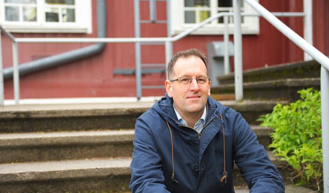 Jonas Gehlin tycker det varit mindre utmanande än väntat att bo och jobba i Finland.