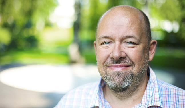 Marcus Rosenlund �r vetenskapsredakt�r p� Yle.