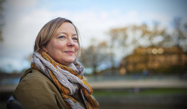 Anna-Pia Svarvar bor en del av veckan i Åbo, där hon studerar teologi.