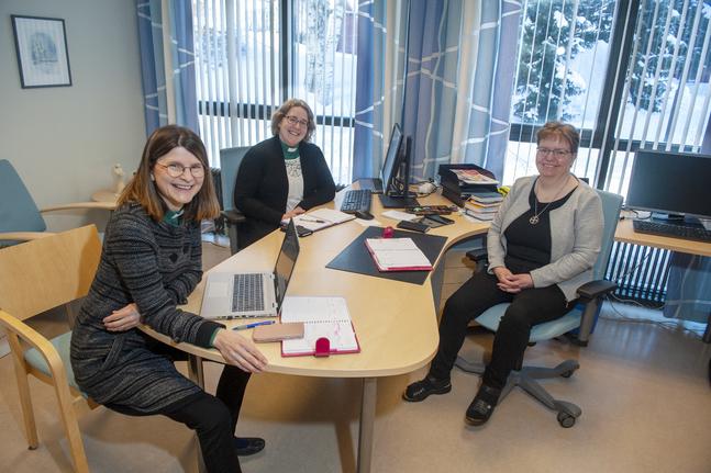 De tre diakoniarbetarna i Pedersöre församling är Åsa Eklund, Cecilia Kung och Maria Emet.