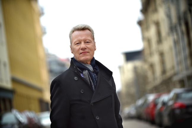 """Ilkka Kantolas kandidatur i ärkebiskopsvalet väckte förvåning i vissa kretsar. """"Kyrkan är mitt hem"""" säger han själv."""
