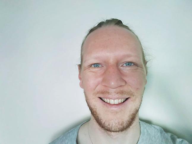 Johan Myrskog jobbar som webbredaktör på Popnad vid Nordens välfärdscenter.