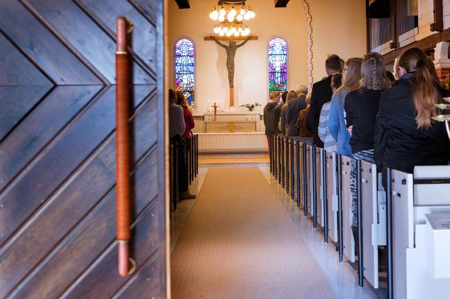 Från första juni får församlingen samlas i kyrkan igen.