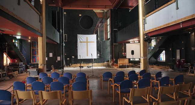 Så här såg Lutherkyrkan ut när renoveringen påbörjats i april 2015.