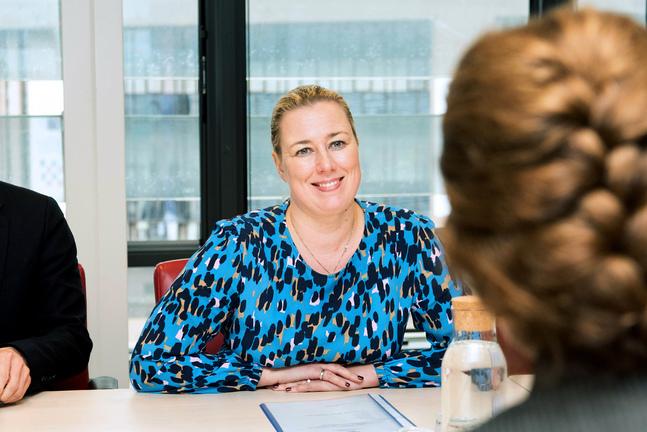 Jutta Urpilainen var den första kvinnan att leda SDP. Nu är hon Finlands första kvinnliga kommissionär.