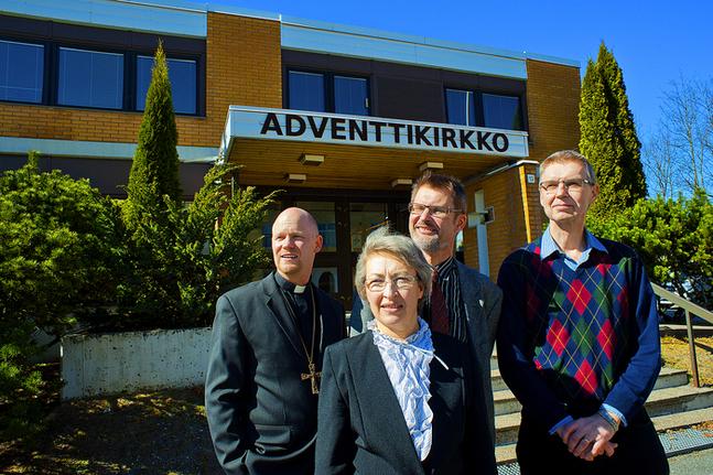 Sackeusgemenskapen hyr sedan många år in sig i Adventskyrkans lokaliteter i Björneborg. Arrangemanget är vanligt bland de konservativa gudstjänstgemenskaperna vilkas präster är anställda av Lutherstiftelsen. FOTO: Rolf af Hällström