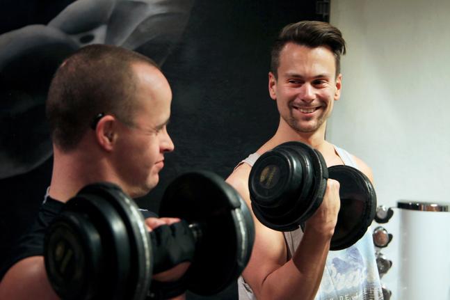 Rex Hartman och Jonas Nygård tycker om att röra på sig tillsammans.
