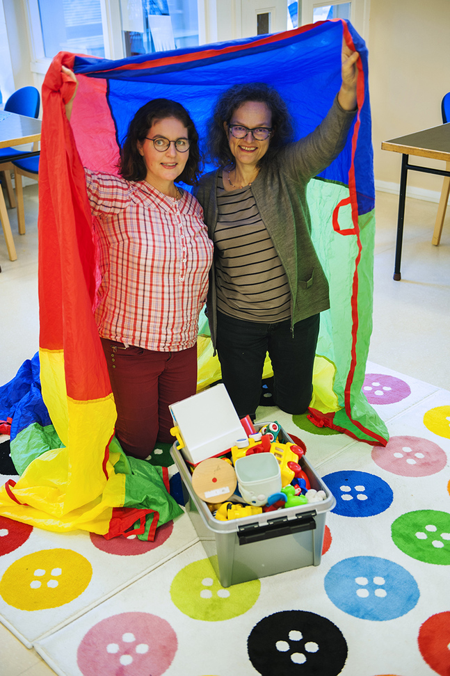 Helena Hollmérus och Anna Brummer vill bejaka frimodig lekfullhet hos barn, föräldrar och den äldre generationen.