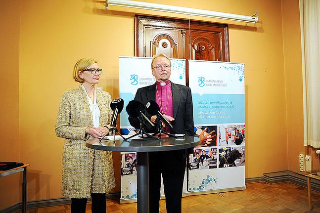 Paula Risikko och Kari Mäkinen.