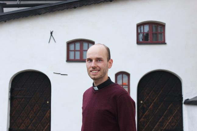 Andreas Lundgren utbildade sig till journalist innan han blev präst.  – Jag tycker om att jobba med media och teknik.