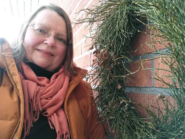 Anita Strömfors har fått vänja sig vid att jobba på ett helt nytt sätt.