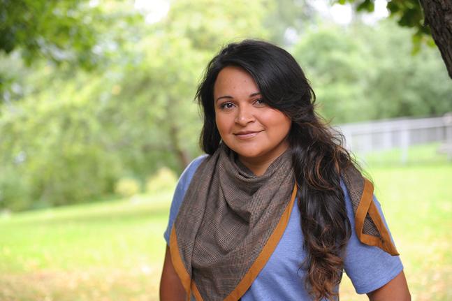Brenda Serralde Luna är född i Xochimilco som är en del av Mexico City. Namnet betyder platsen där det blommar.