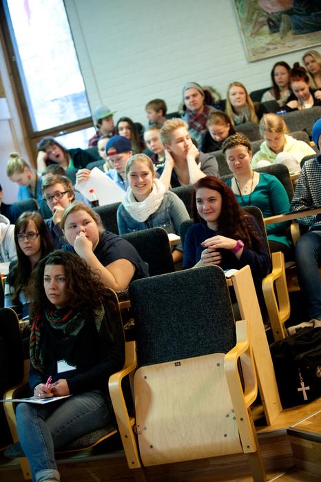 Under fredagen diskuterades bland annat unga och församlingsval på UK.