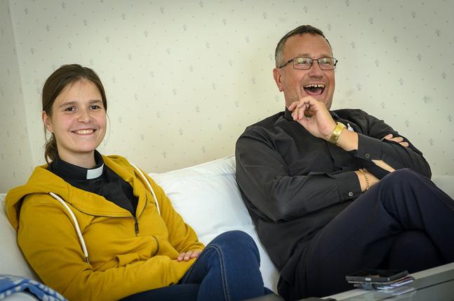 Carolina Lindström är tf kyrkoherde i Saltviks församling och Benny Andersson är kyrkoherde i Lemland-Lumparlands församling.