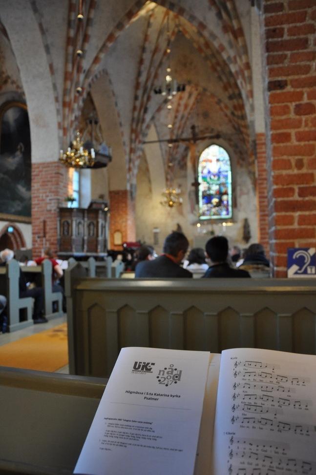 Söndagens gudstjänst firades traditionellt tillsammans med församlingen i S:ta Katarina kyrka.