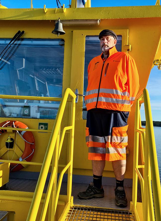 Jan Bambu Eriksson är skeppare på förbindelsebåten M/S Viken i Pargas.