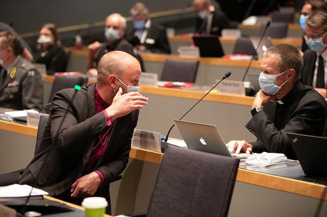 Frågan om vigsel av samkönade väckte livlig debatt också under detta kyrkomöte.