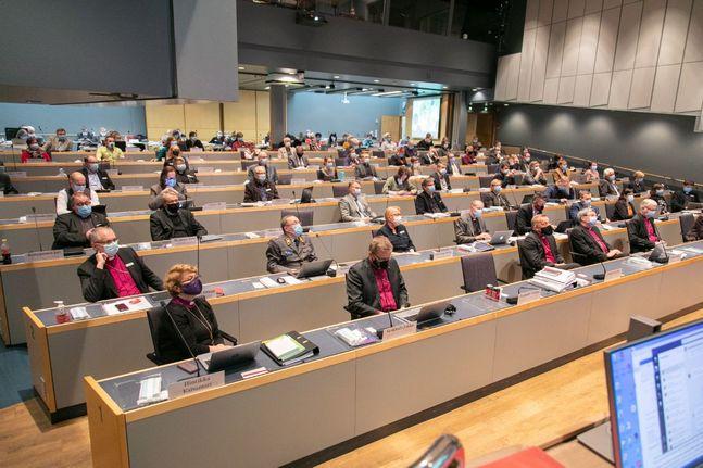 Kyrkomötet samlades fysiskt i Åbo första veckan i november. Men genom den lagändring som godkändes ska kyrkligt beslutsfattande i framtiden kunna ske elektroniskt.