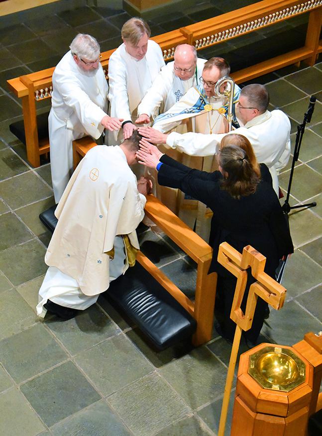 Mikael Forslund välsignades till tjänst i Vasa på söndagen