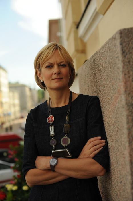 Linda Woodhead är professor i religionssociologi vid Lancaster University och en av de främsta internationella experterna i frågor om samtida religion. Hon besökte Helsingfors i samband med konferensen Relocating Religion i slutet av juni.