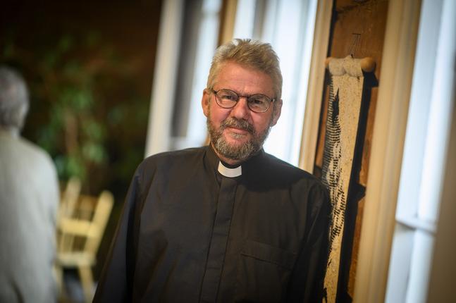 Robert Lemberg är kaplan i Agricola svenska församling.