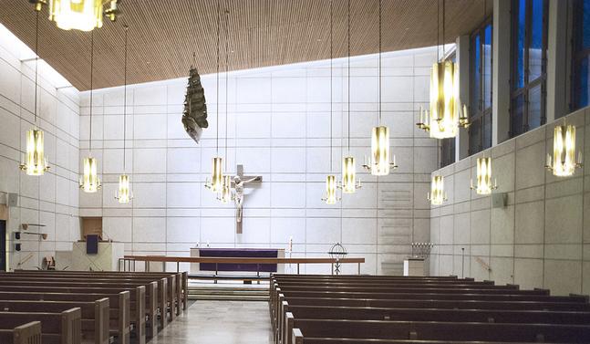 Den mindre kyrksalen i S:t Jacobs kyrka används av den svenska församlingen.