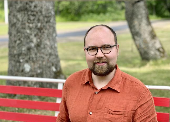 Tänk om gudstjänsten kunde vara vår gemensamma vägran att acceptera hopplöshet, funderar kyrkoherde Stefan Äng.
