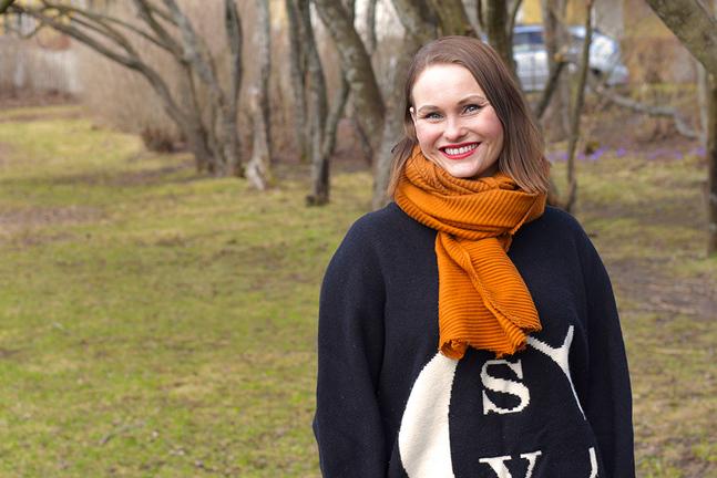 Suvi West gjorde filmen om samernas kamp för överlevnad för att ge människor kunskap. –Finländarna vet inte så mycket om samer.