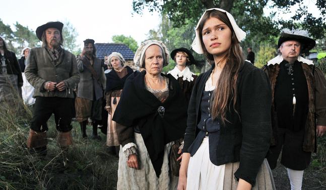 Tuulia Eloranta gör huvudrollen som Anna i Saara Cantells film om häxförföljelserna på Åland.