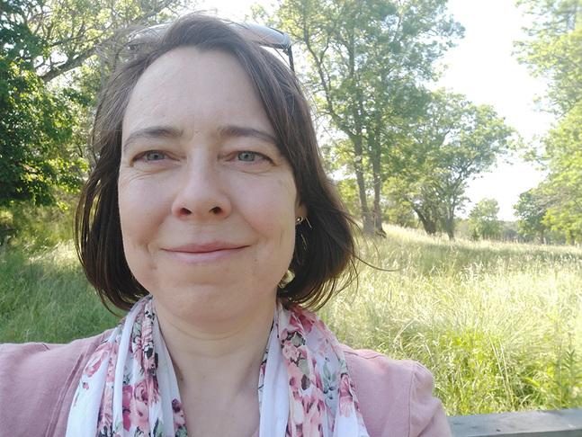 Camilla Vuoristo är teologistuderande juristlingvist och egenföretagare.