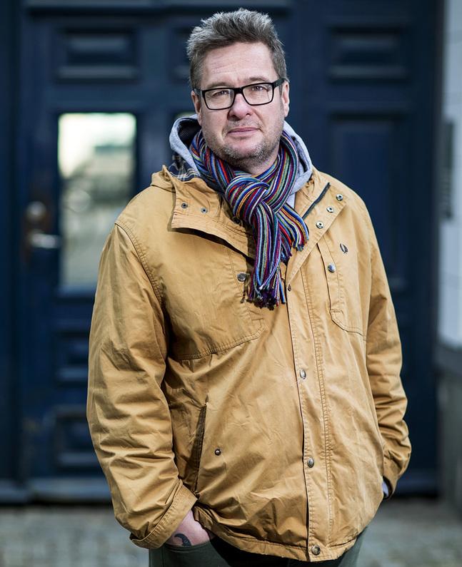 """Kristian Lundberg är aktuell med boken """"Gud är inte ett främmande namn""""."""