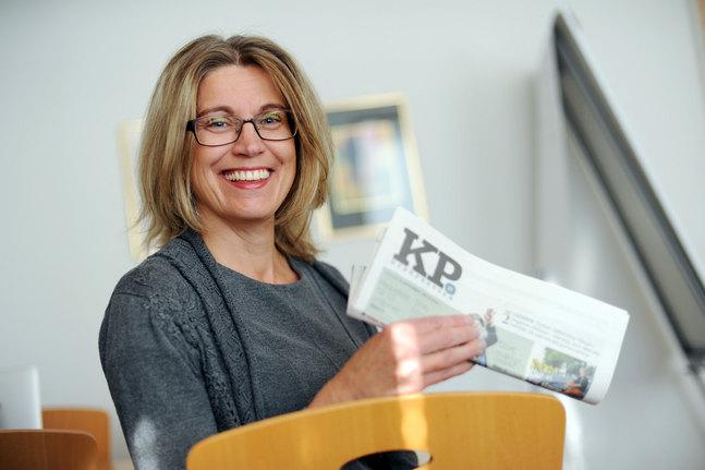 – Den här gången är det redaktionens tur att glänta på dörren till sitt arbete, säger May Wikström.