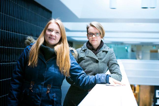 Det måste bli lättare för unga vuxna som flyttar ofta att påverka i kyrkan, menar NAVI-medlemmarna Tanja Holm och Katri Malmi.