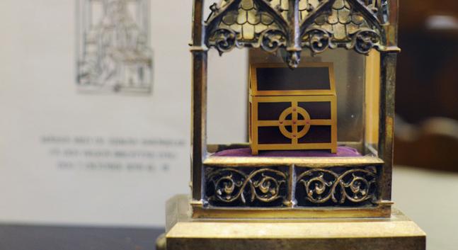 En relik är ett föremål som kan knytas till ett helgon. Det kan vara en del av ett helgons kropp, ett klädesplagg, en ägodel eller ett föremål som kommit i kontakt med något av dessa. Tillbedjan av reliker förbjöds av reformatorerna.